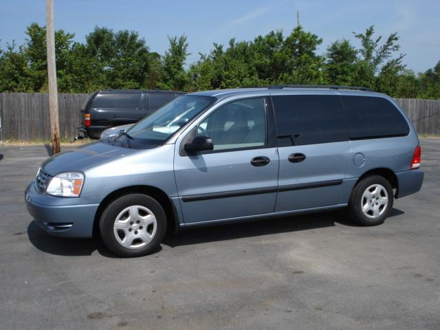 2005 Ford Freestar 6