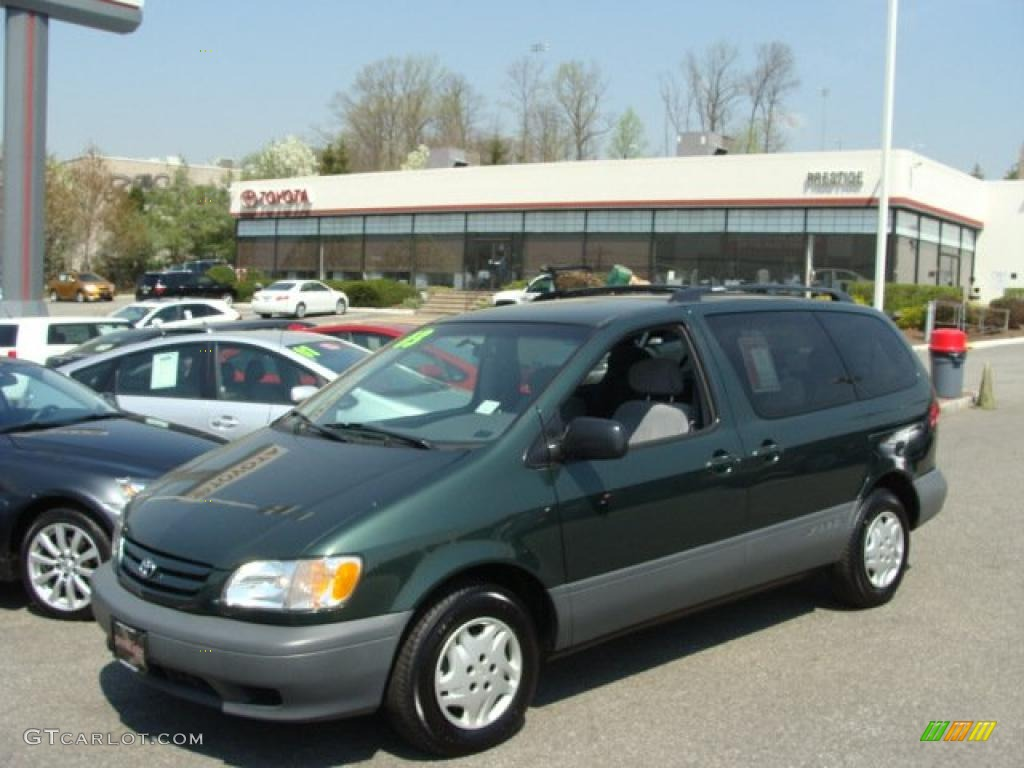 2003 toyota sienna photos informations articles. Black Bedroom Furniture Sets. Home Design Ideas