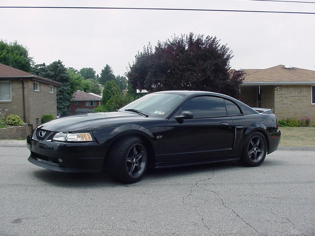 2000 Ford Mustang #3