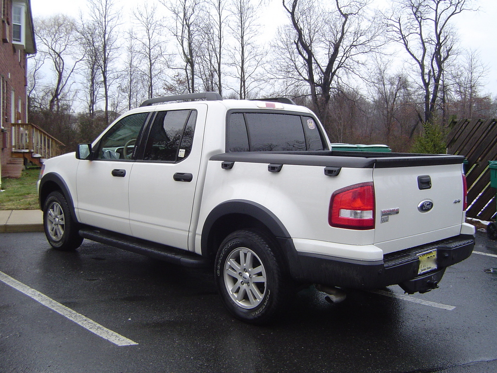 2008 Ford Explorer Sport Trac #8