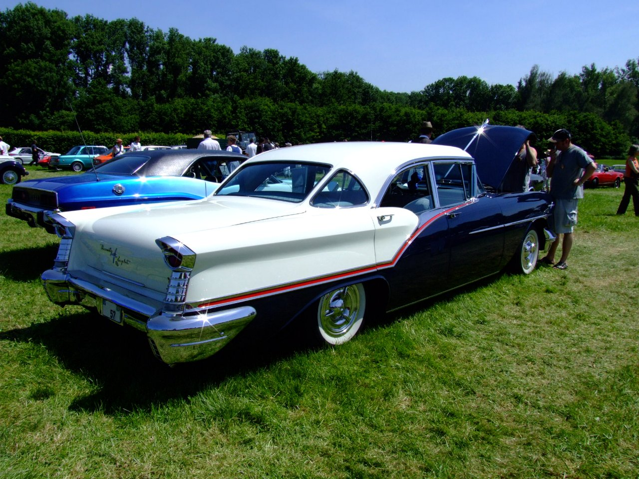 Oldsmobile Ninety-eight #15