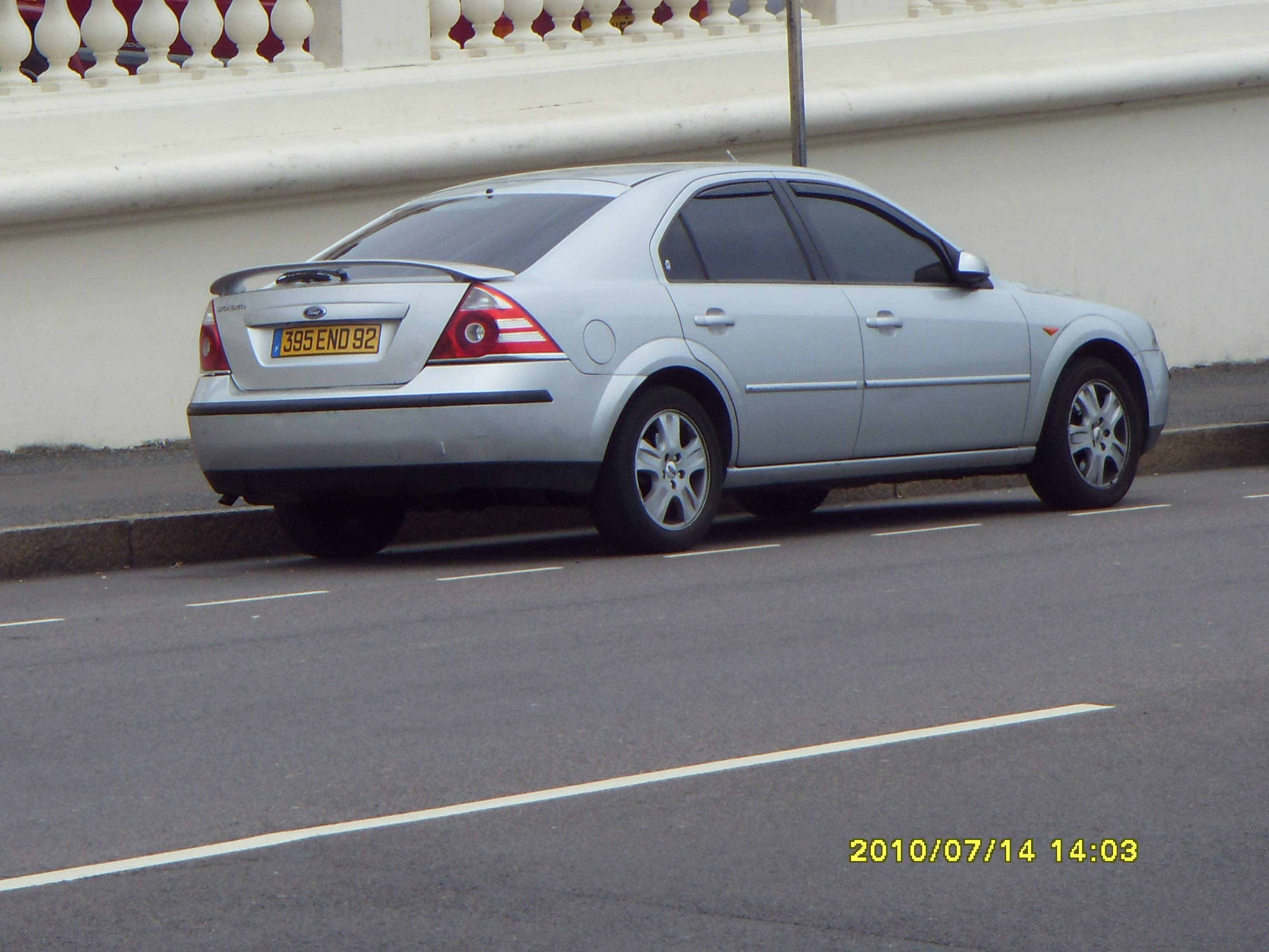 2001 Ford Mondeo #14