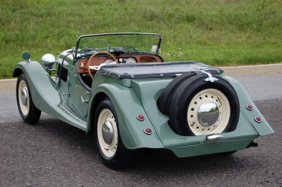 1953 Morgan Plus 4 #17