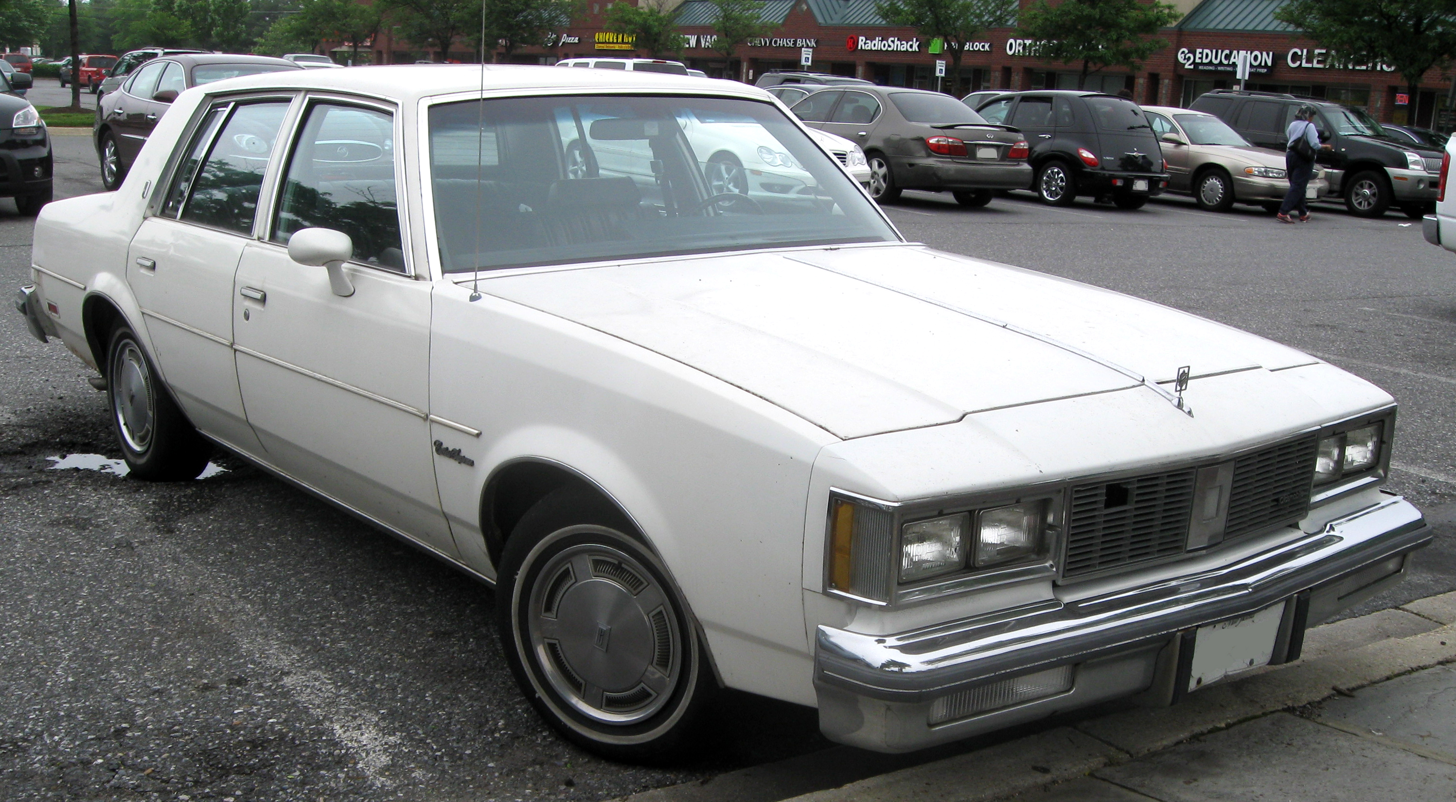 Oldsmobile Cutlass Supreme #17