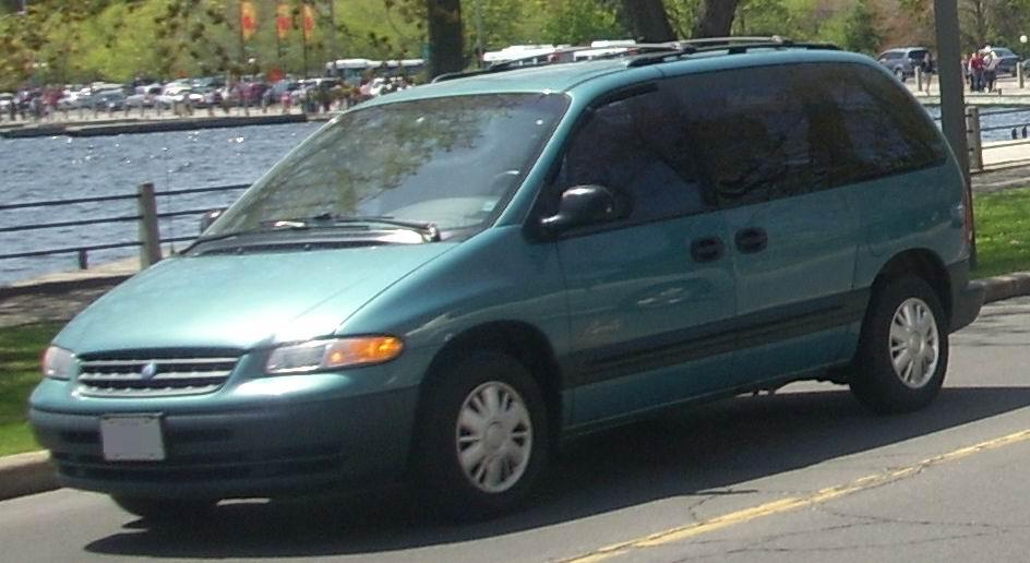 2000 Plymouth Grand Voyager #9