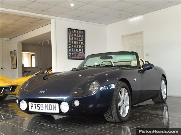 1996 TVR Griffith #14