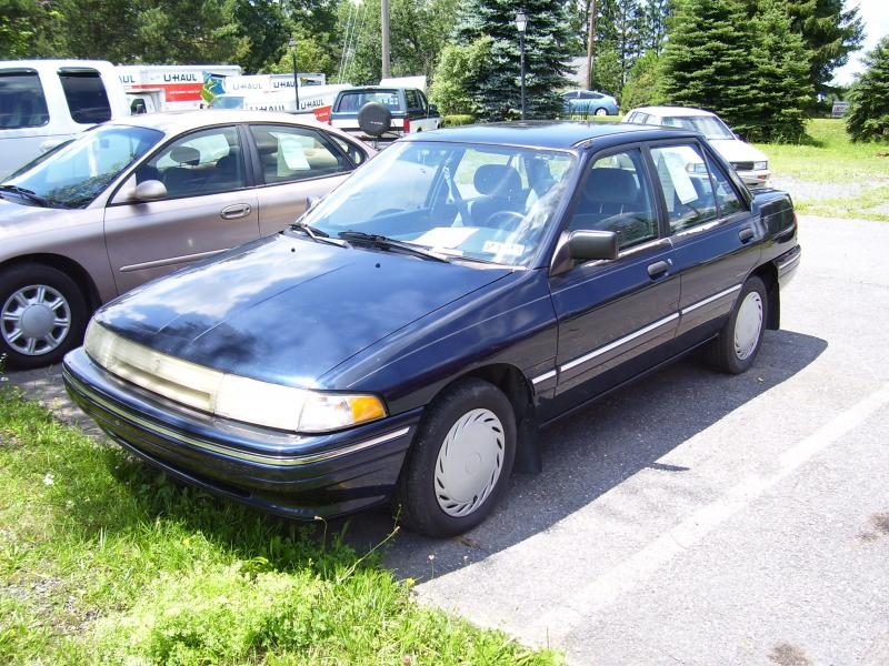 1995 Ford Tracer #6
