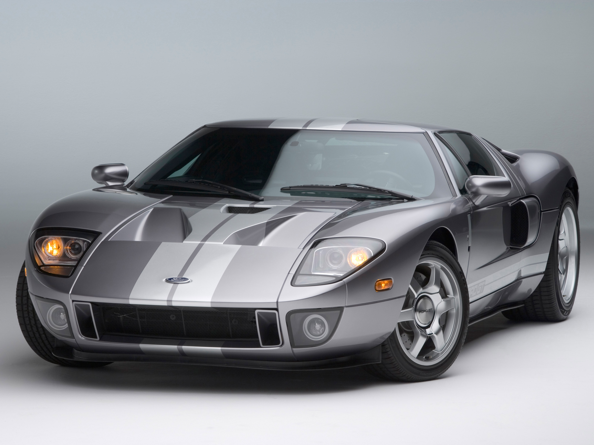 ford gt 40 photos informations articles. Black Bedroom Furniture Sets. Home Design Ideas