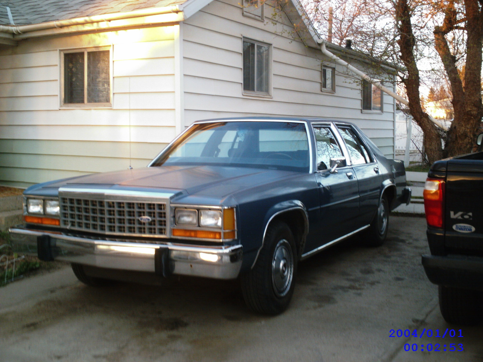 Ford Ltd Crown Victoria #13