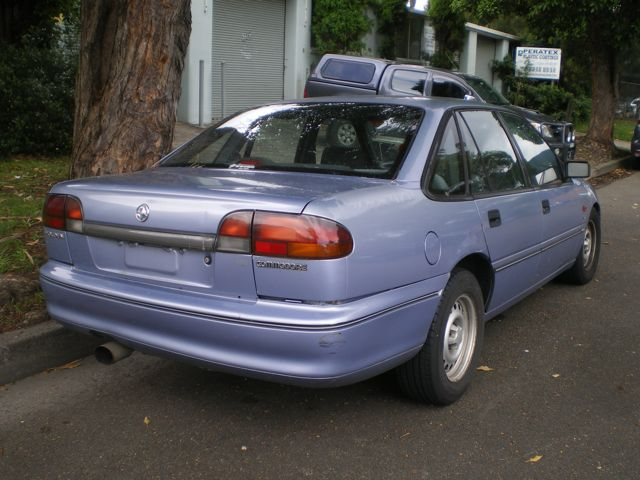 1995 Holden Commodore #12