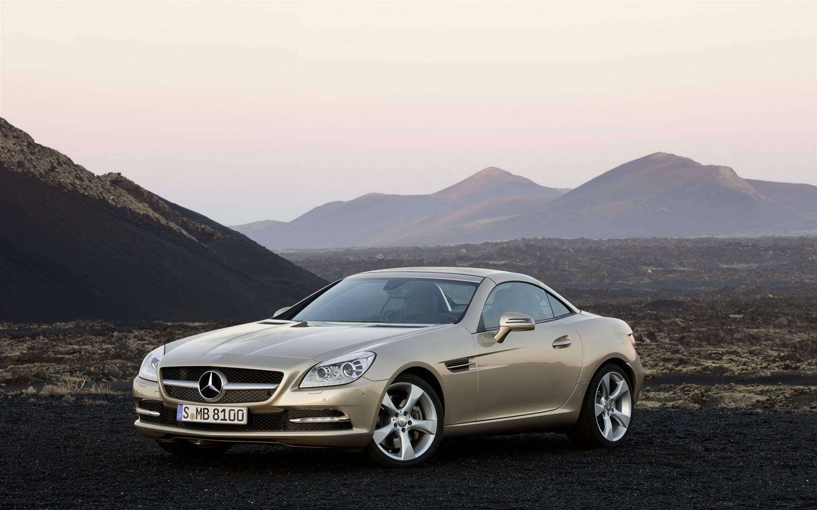 2012 mercedes benz slk class photos informations articles. Black Bedroom Furniture Sets. Home Design Ideas