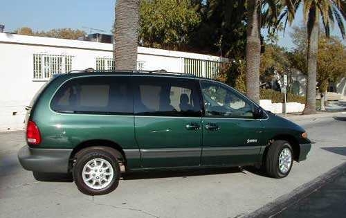 1999 Plymouth Voyager #8