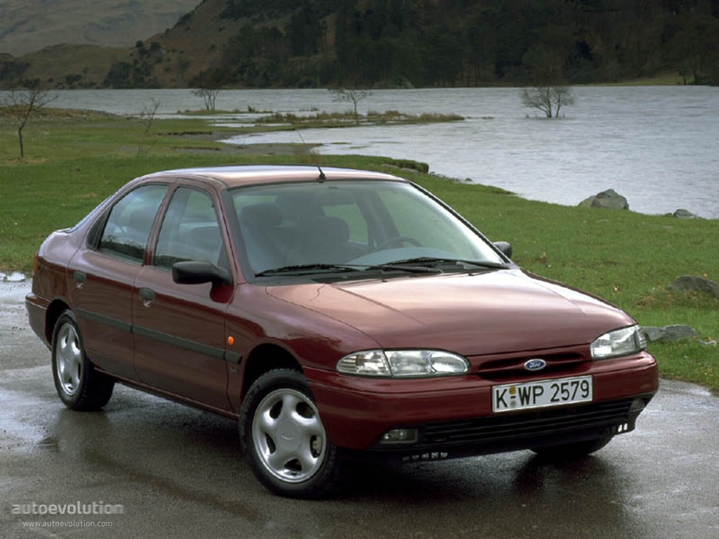 1993 Ford Mondeo #1