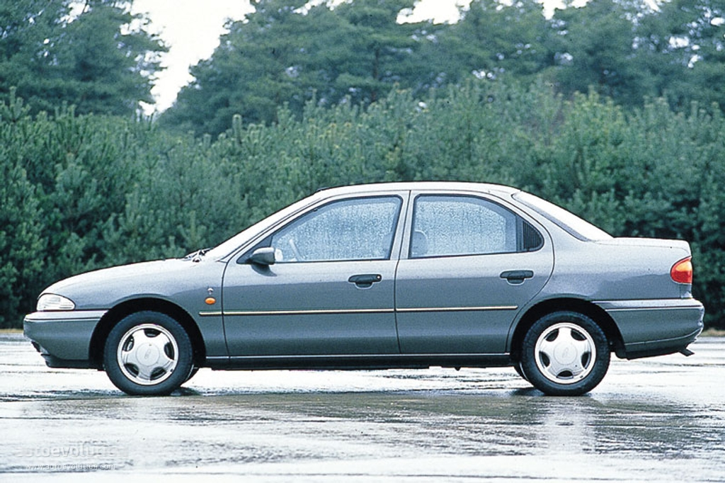 1993 Ford Mondeo #4