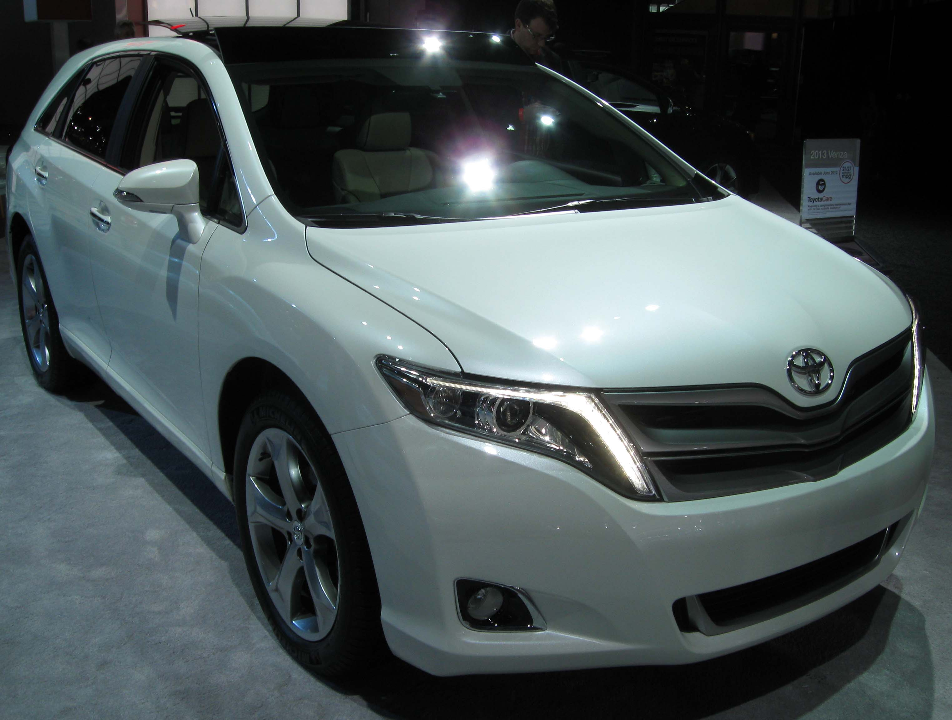 informations makes articles toyota bestcarmag com venza photos
