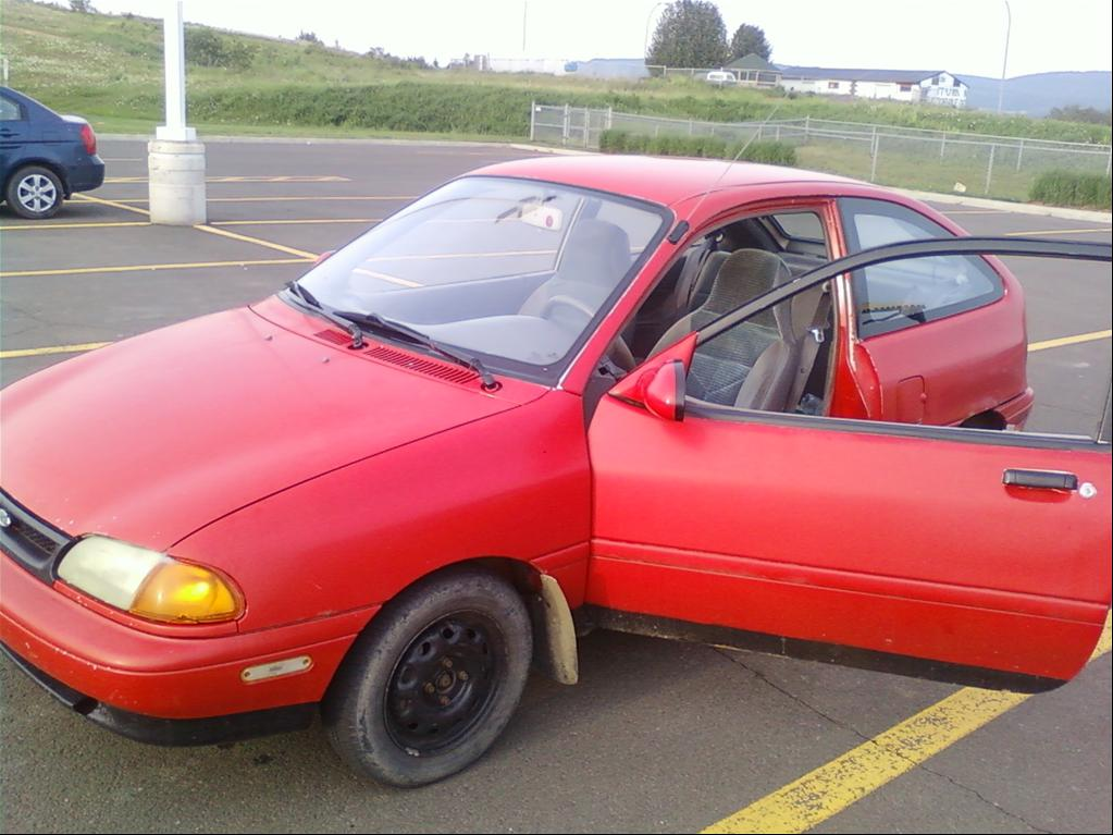 1996 Ford Aspire #1