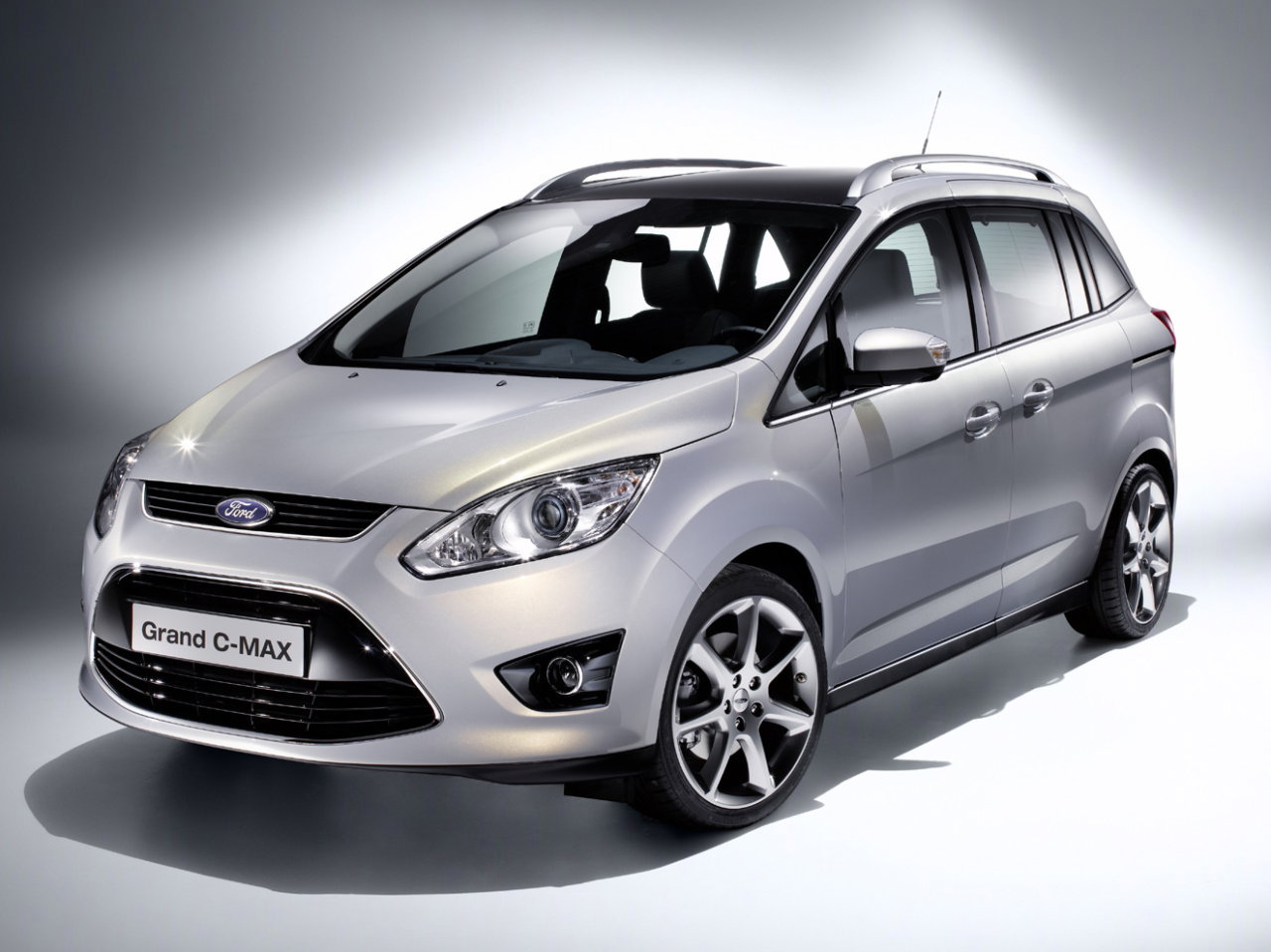 2012 Ford C-Max #11