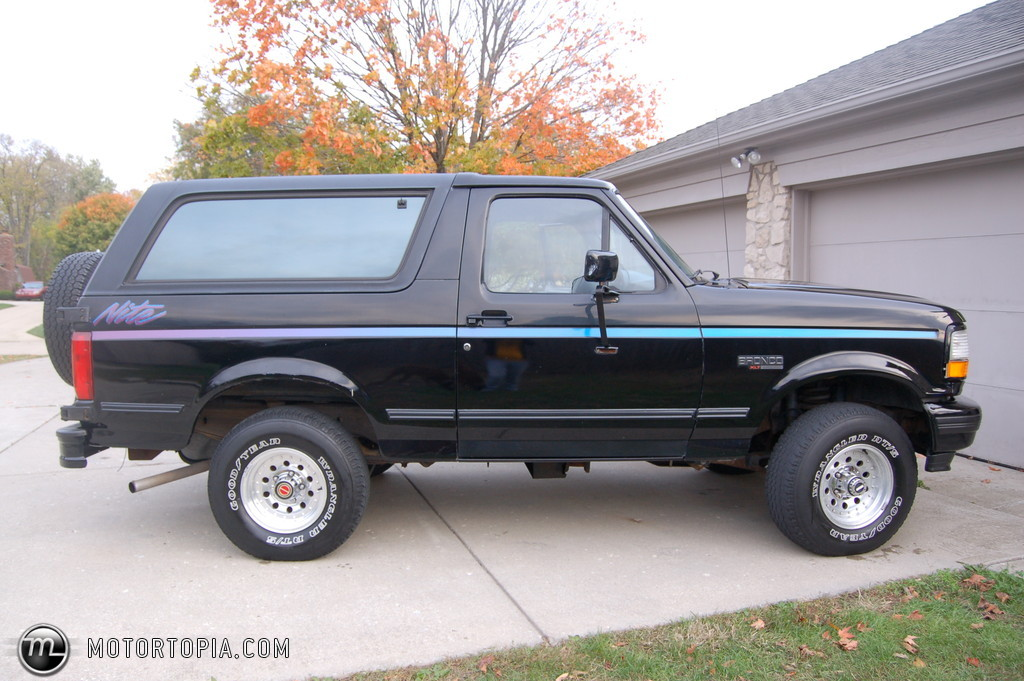 1992 Ford Bronco #9