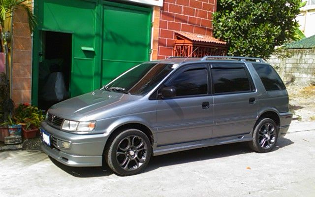 1996 Mitsubishi Space Wagon #5