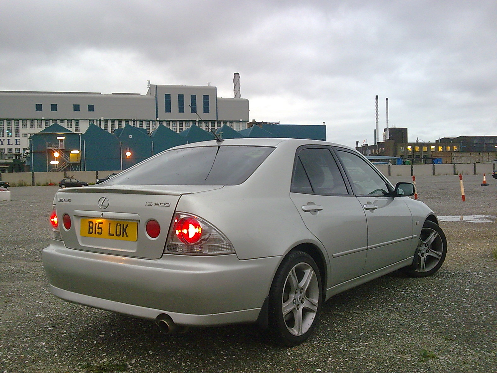 1999 Lexus IS #14