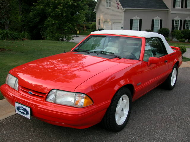 1992 Ford Mustang #16