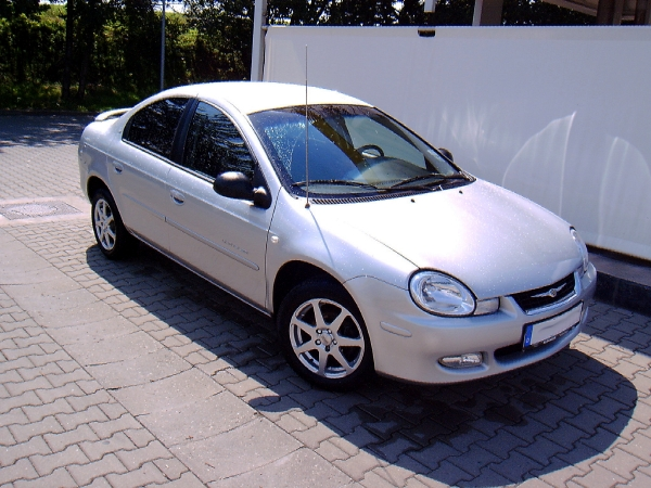 2005 Chrysler Neon #5