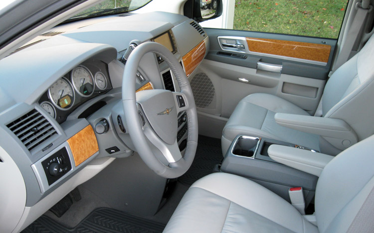 2009 Chrysler Town And Country #12