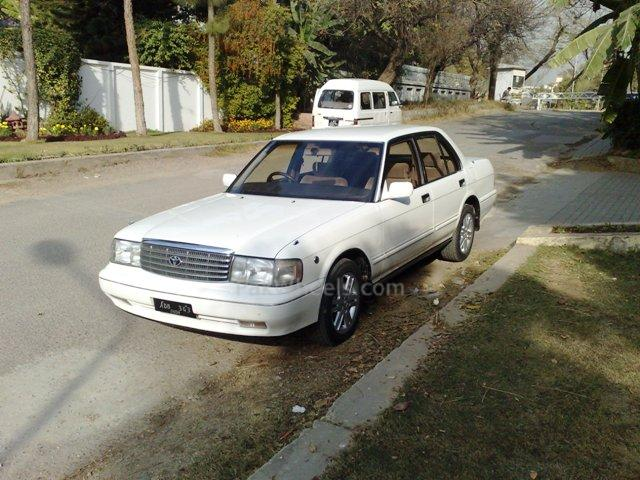 1994 Toyota Crown #7
