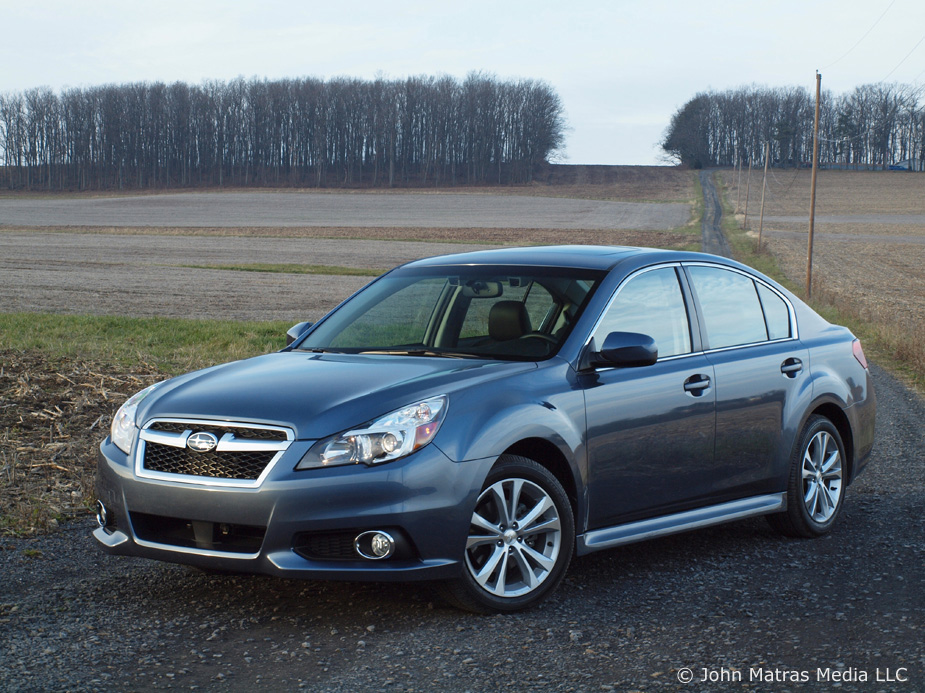 2013 subaru legacy photos informations articles. Black Bedroom Furniture Sets. Home Design Ideas