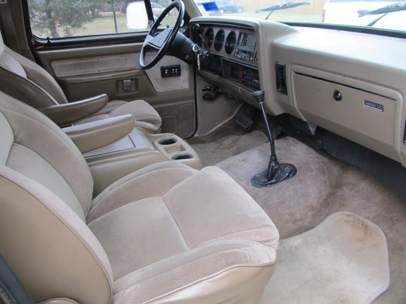 1990 Dodge Ramcharger #11