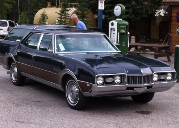 1974 Oldsmobile Vista Cruiser #12