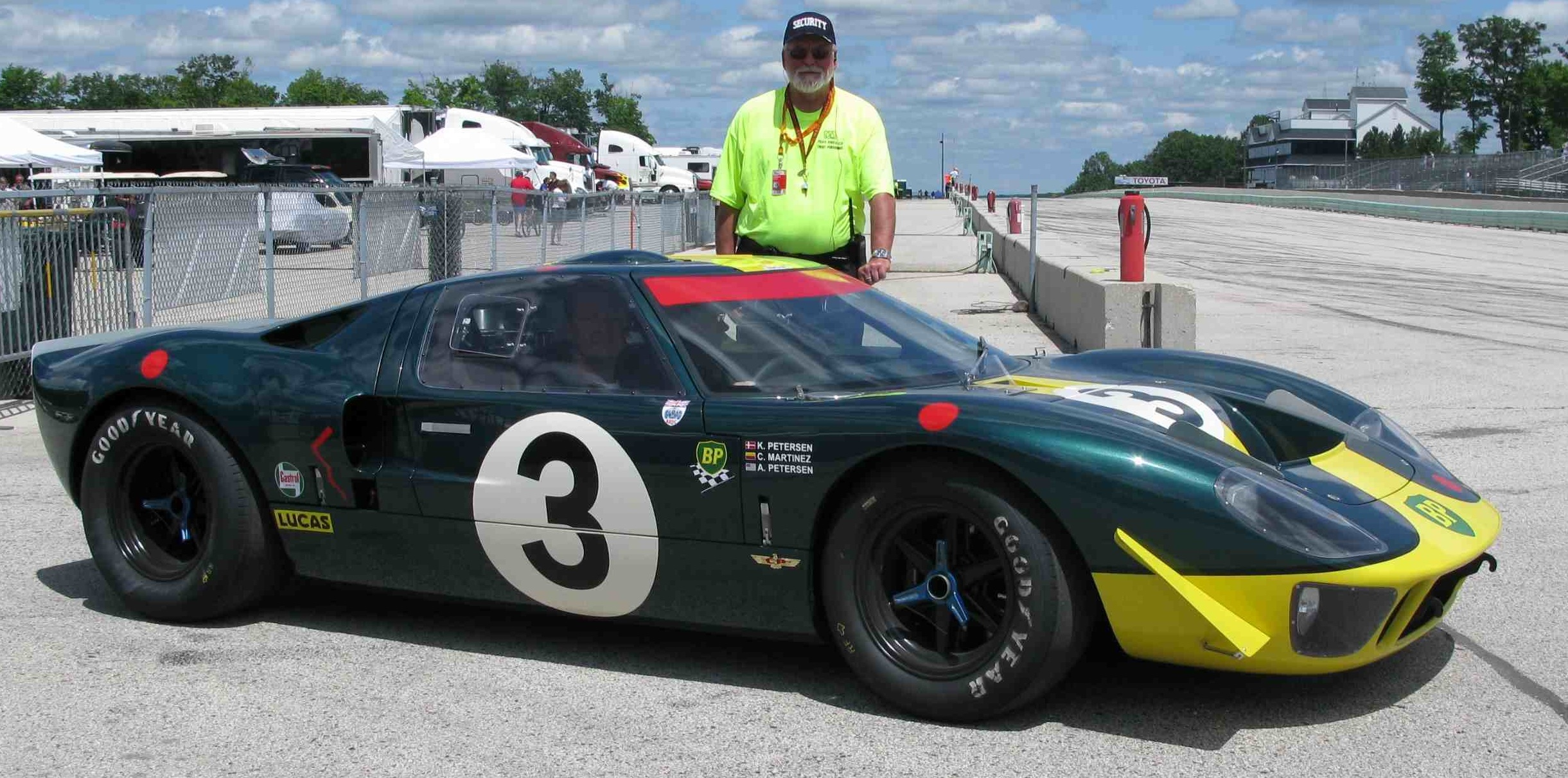 1967 Ford GT 40 #16