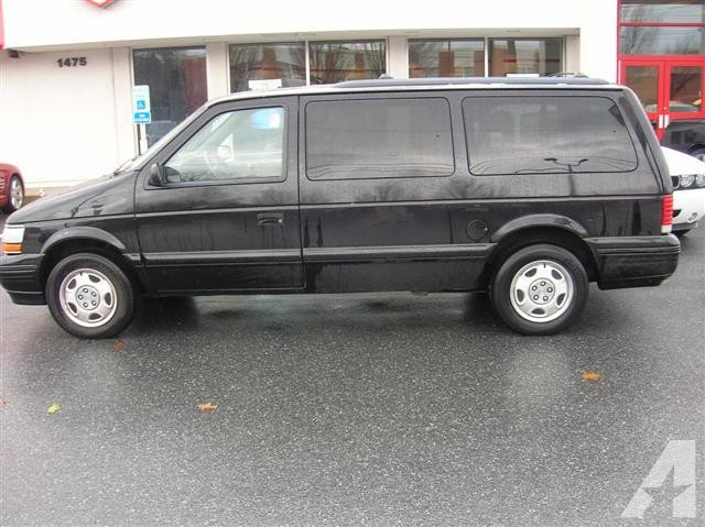 1995 Plymouth Grand Voyager #8
