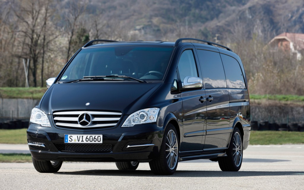 2012 Mercedes Benz Viano #1