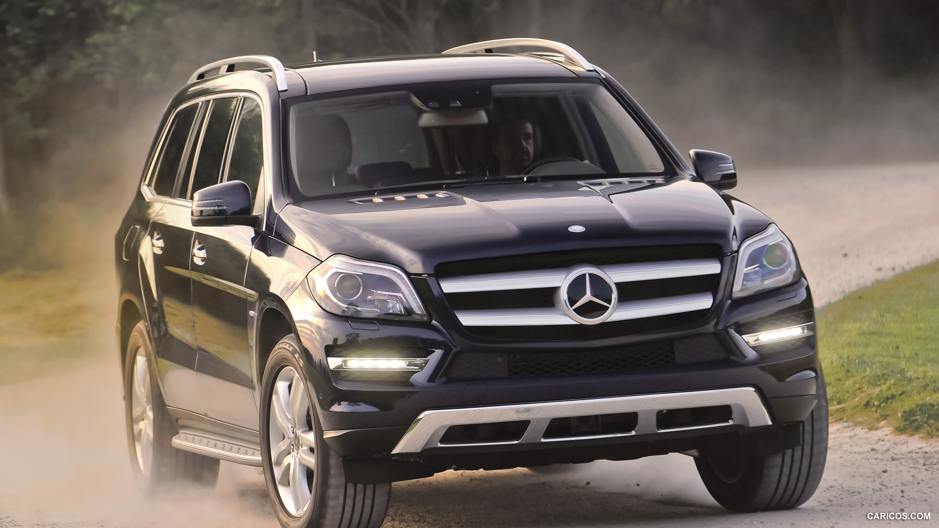 Mercedes-Benz GL #4