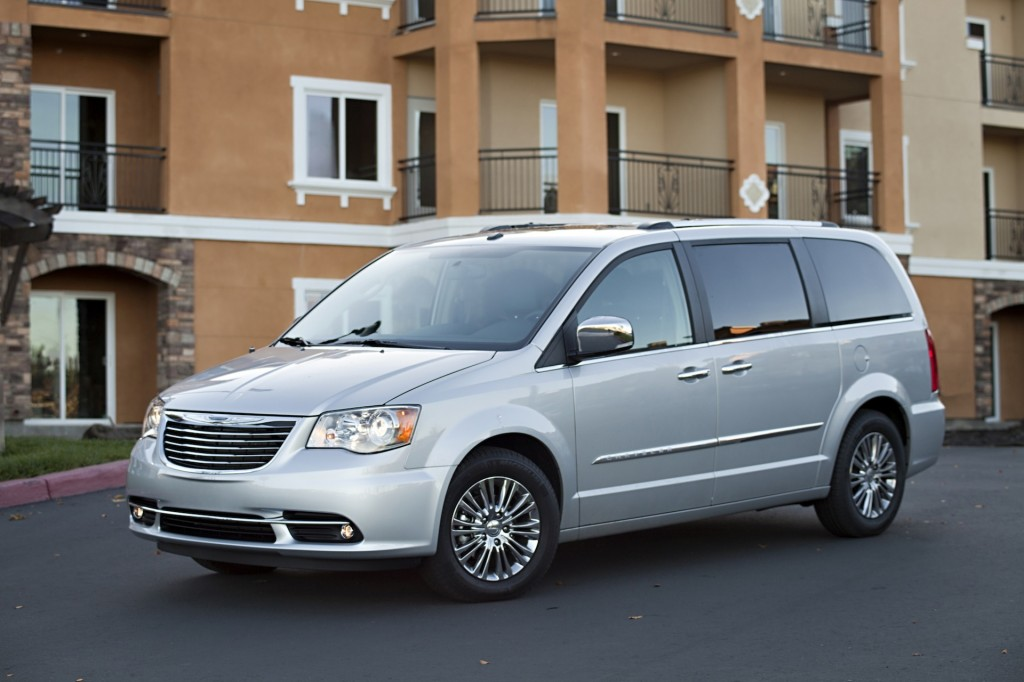 2014 Chrysler Town And Country #12