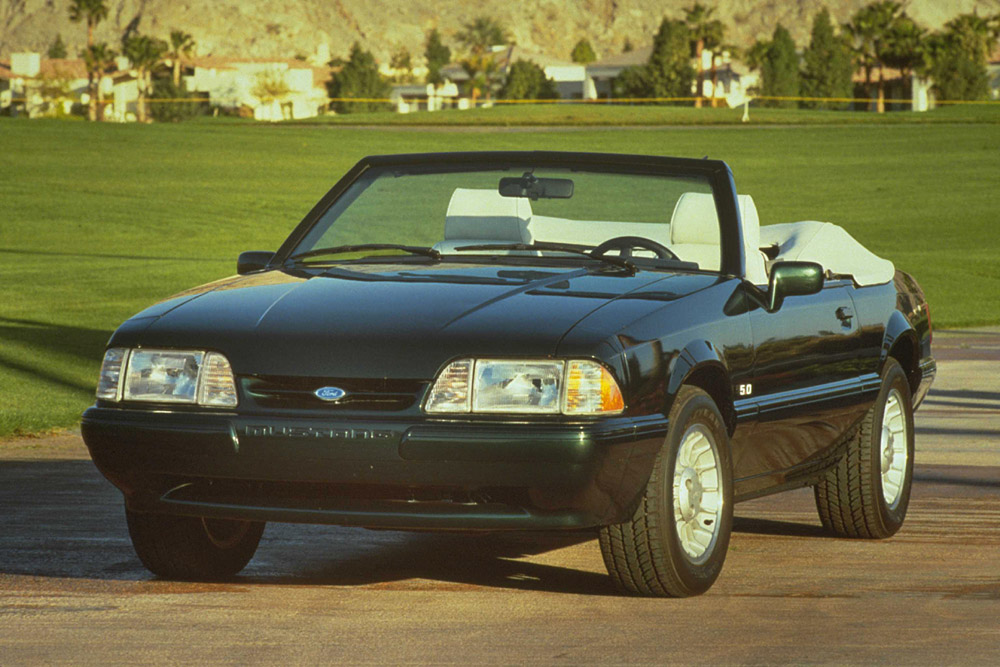 1990 Ford Mustang #12