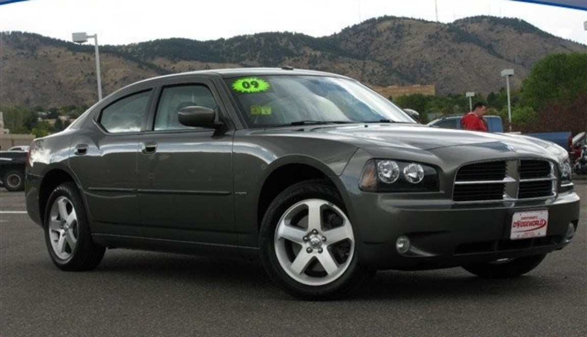 2009 Dodge Charger #5