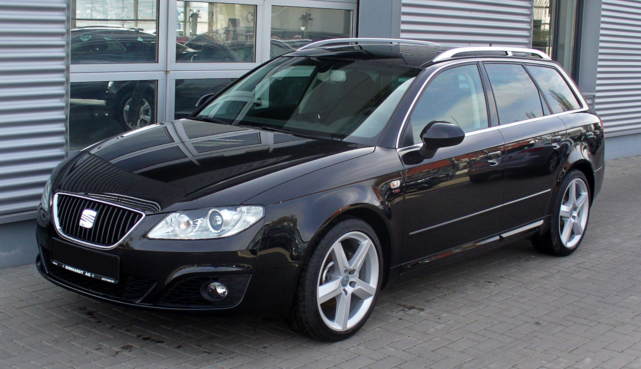2011 seat exeo photos informations articles. Black Bedroom Furniture Sets. Home Design Ideas