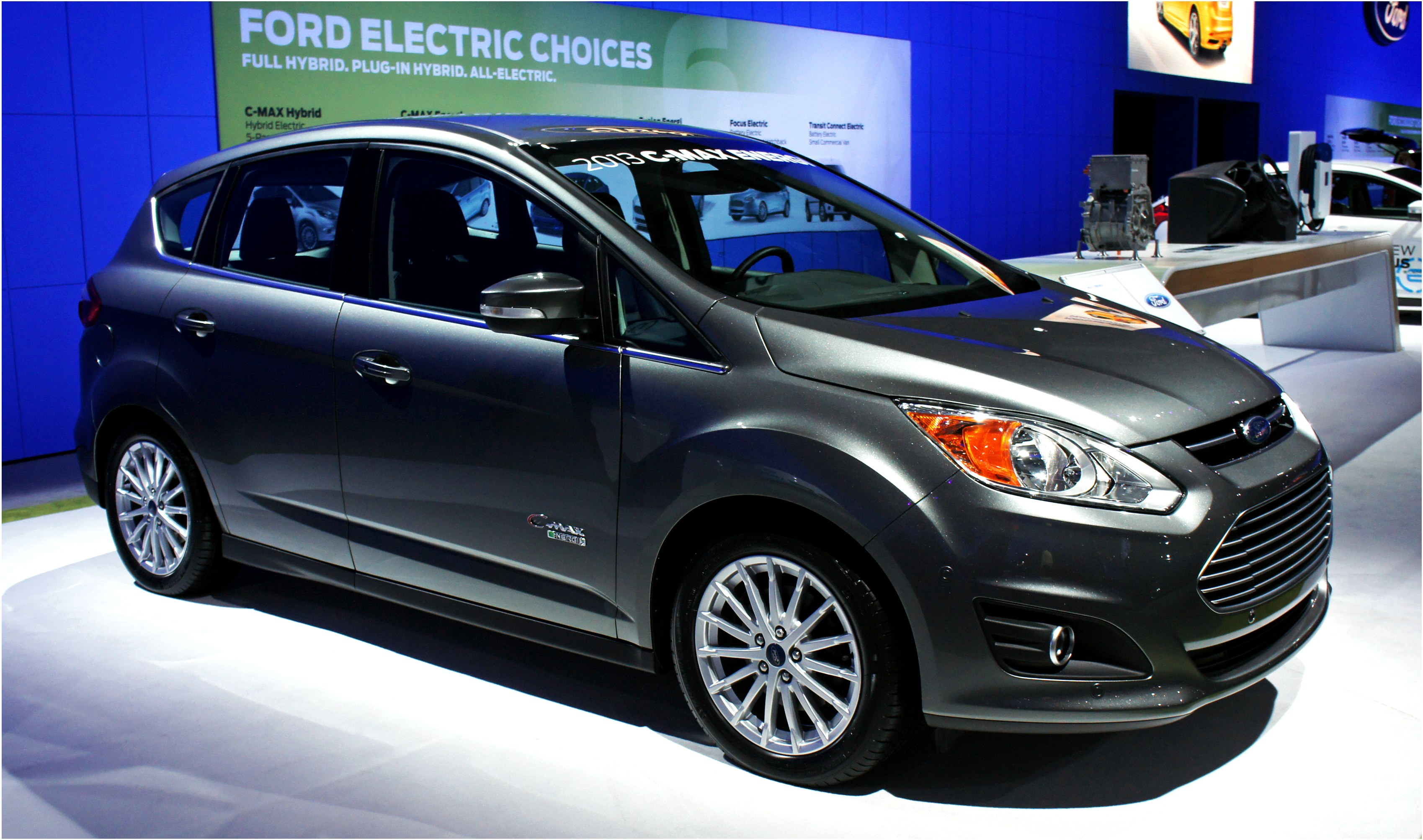 2015 ford c max hybrid photos informations articles. Black Bedroom Furniture Sets. Home Design Ideas