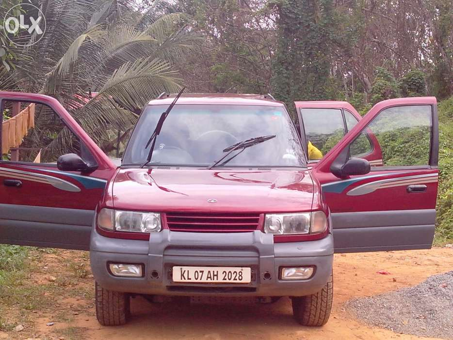 2002 Tata Safari #14