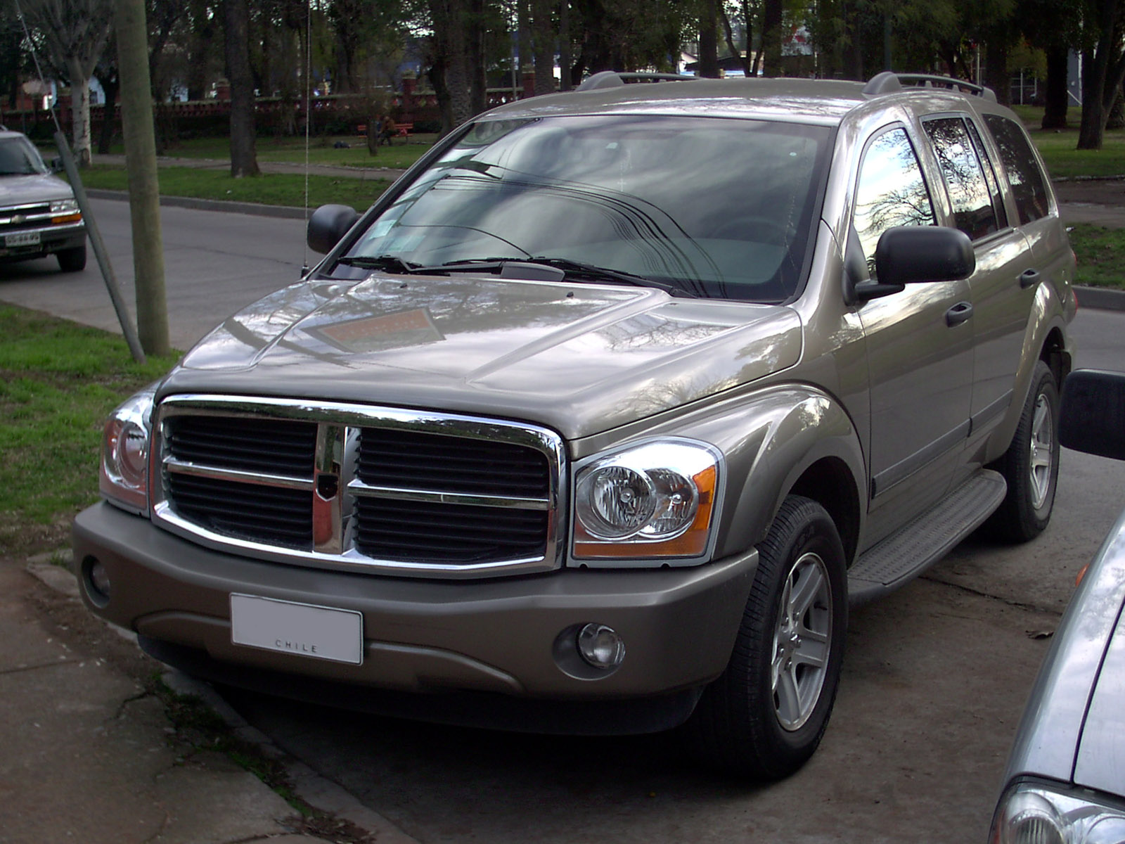 2006 dodge durango photos informations articles. Black Bedroom Furniture Sets. Home Design Ideas