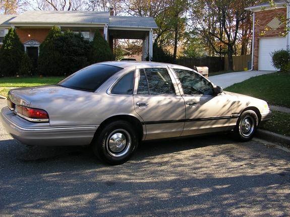 1995 Ford Crown Victoria #14
