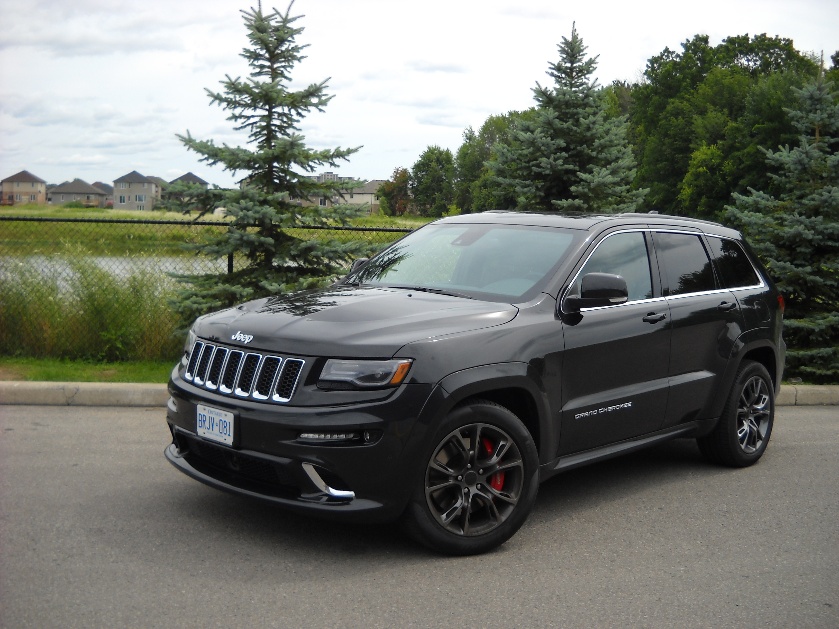 jeep grand cherokee srt photos informations articles. Black Bedroom Furniture Sets. Home Design Ideas