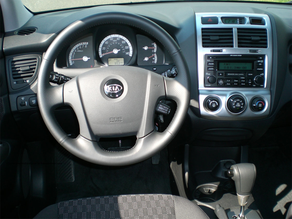 2006 kia sportage photos informations articles. Black Bedroom Furniture Sets. Home Design Ideas