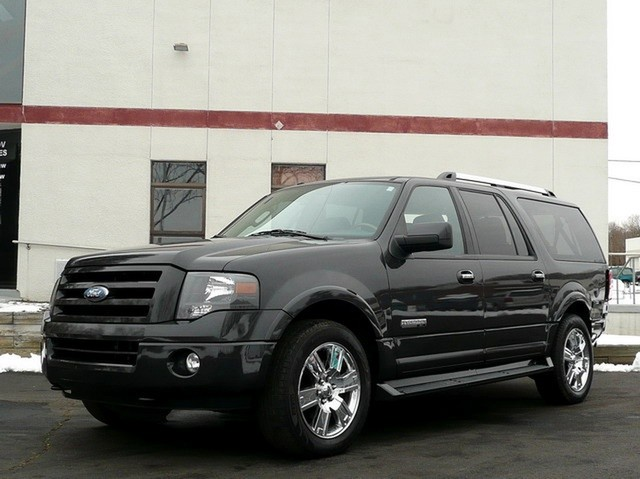 2007 Ford Expedition El #4