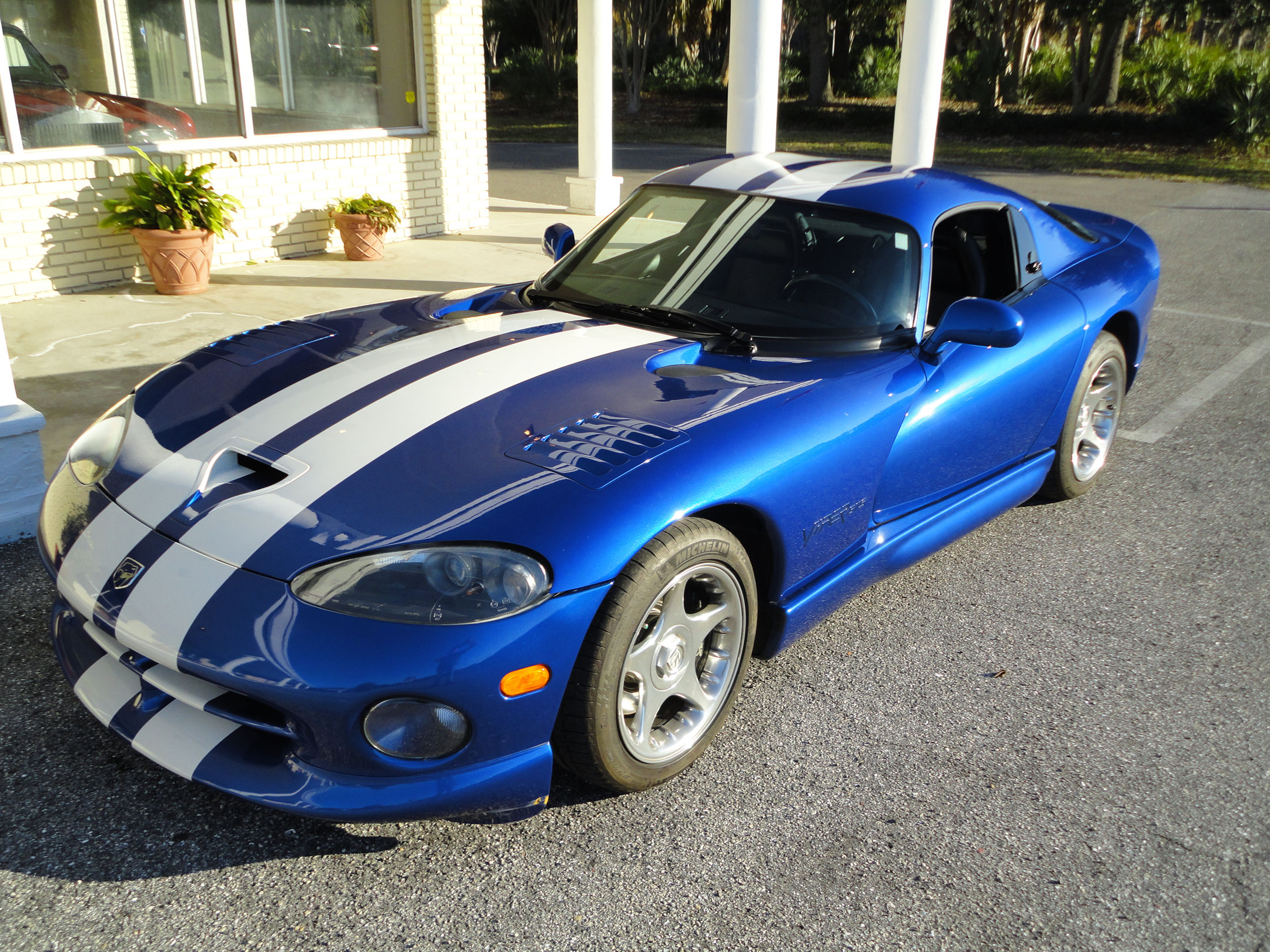 1996 Chrysler Viper #2