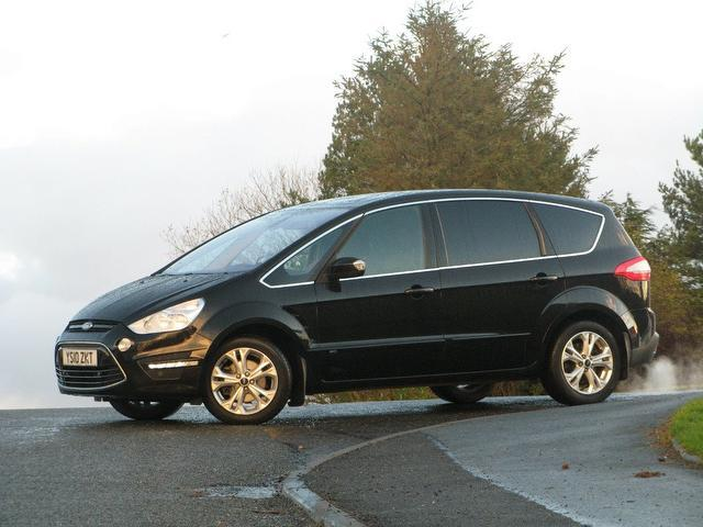 2010 Ford S-Max #13