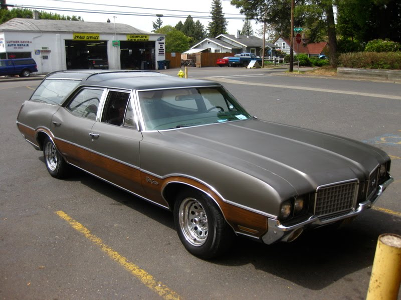 1972 Oldsmobile Vista Cruiser #4