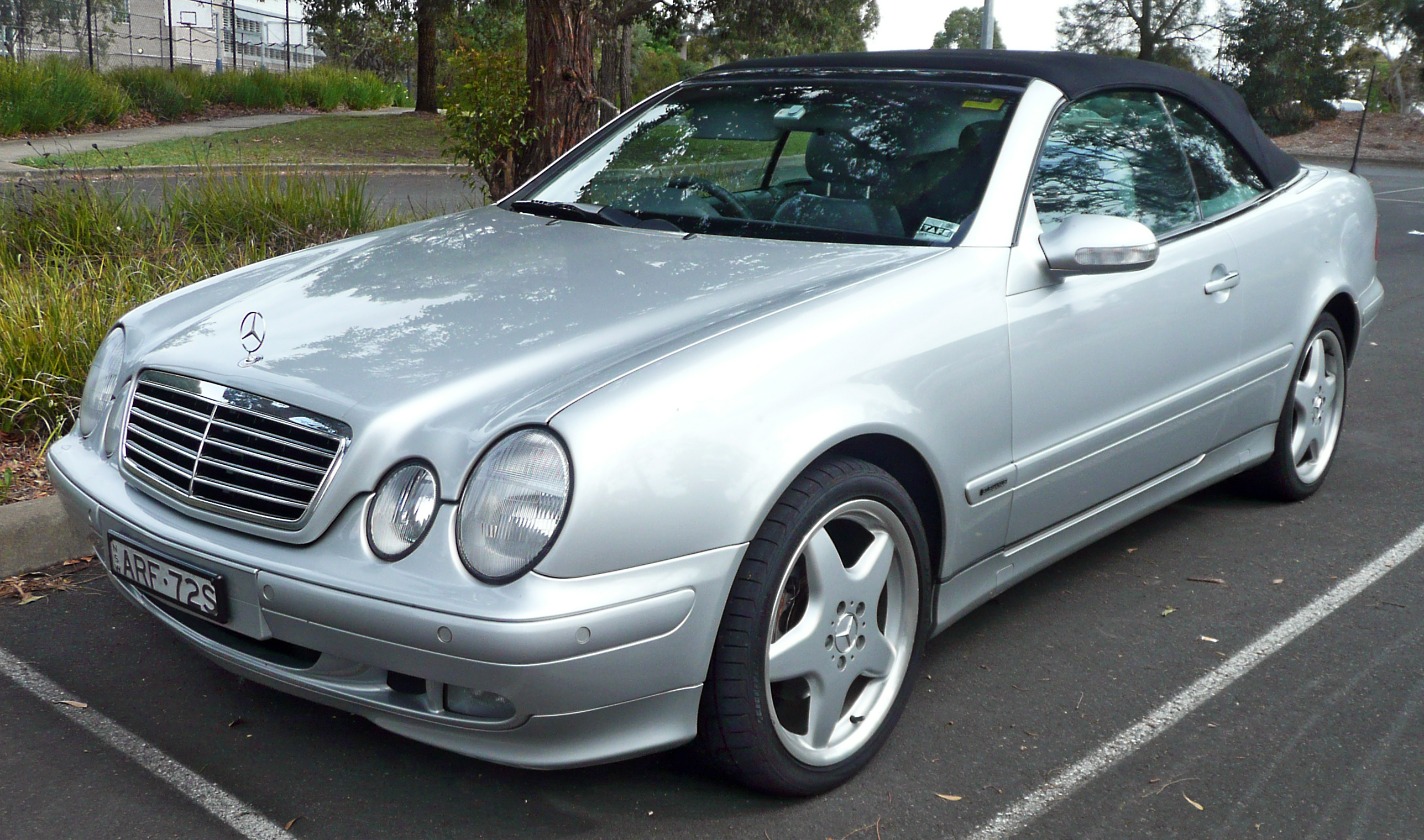 2000 Mercedes-Benz CLK #8